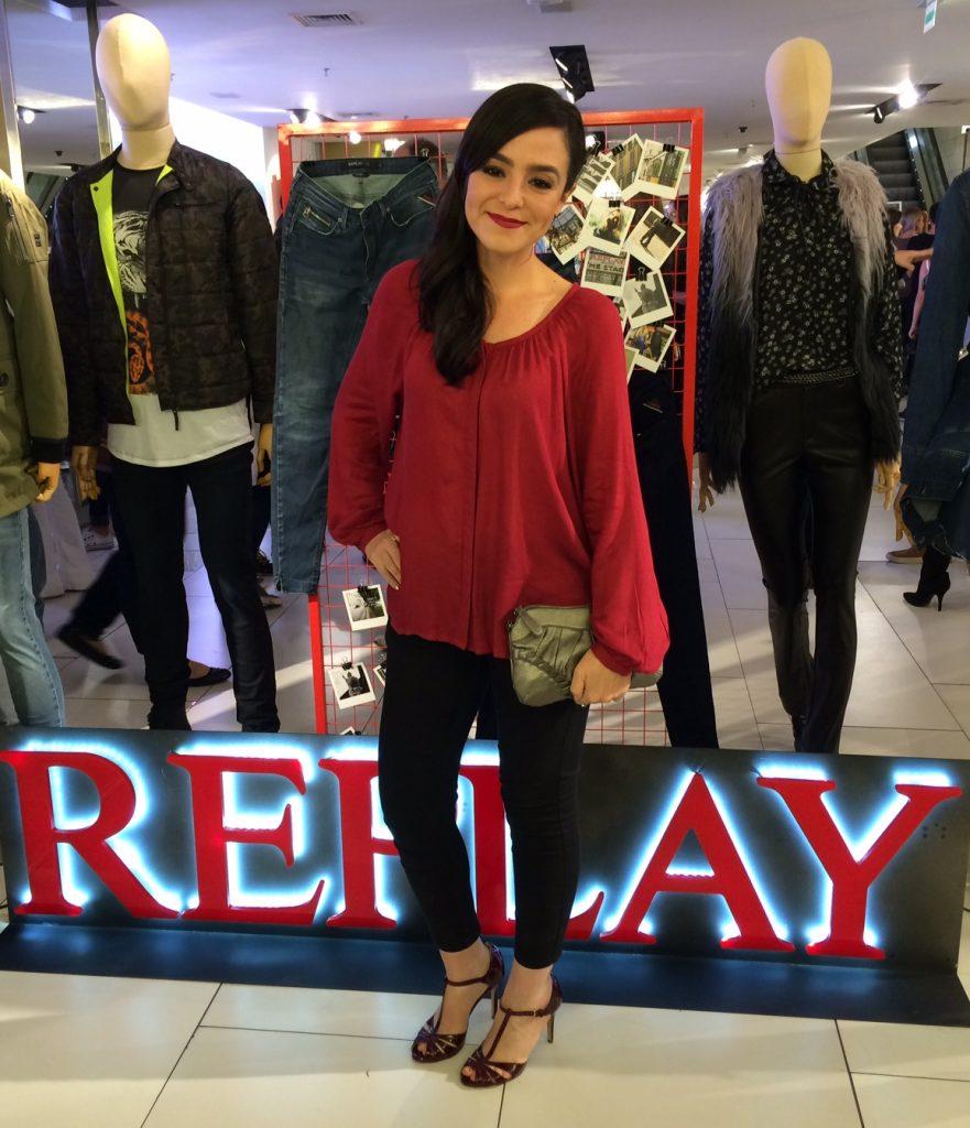 cea_replay_beautyourselfie21